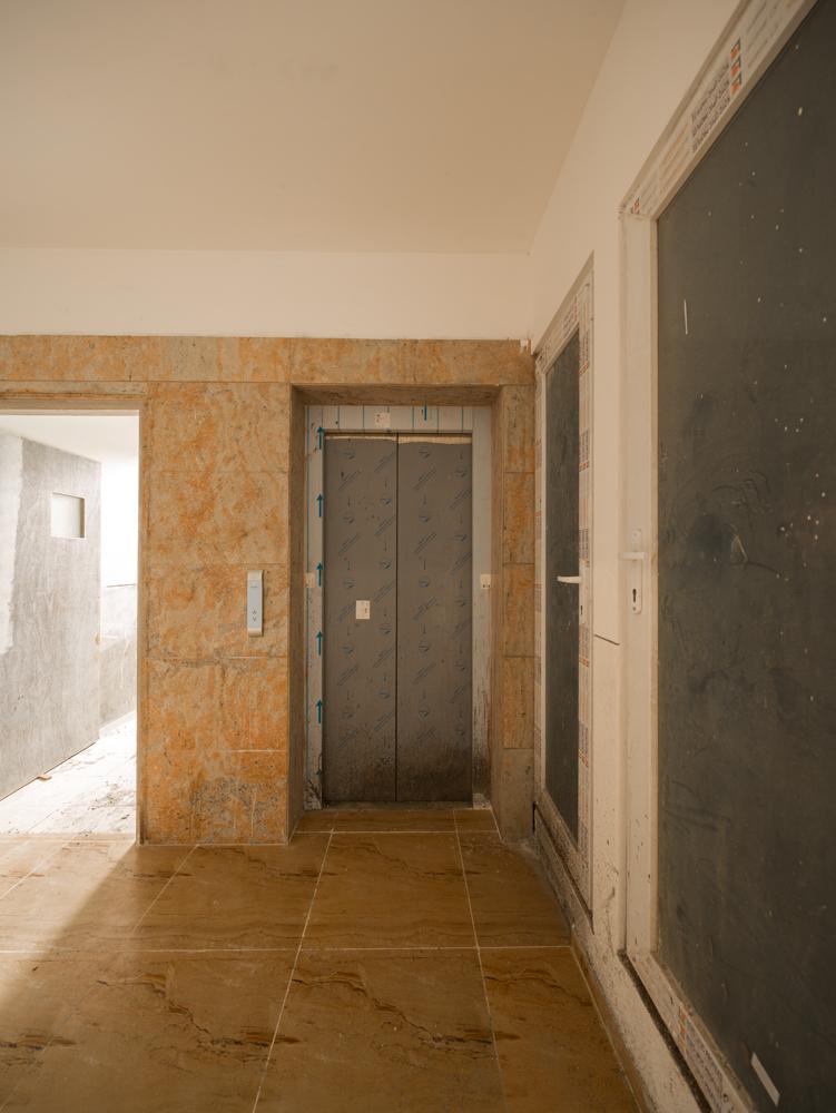 lift-lobby-area